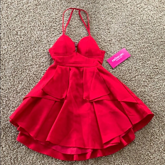 PromGirl Dresses & Skirts - Short Red Strappy Back Dress